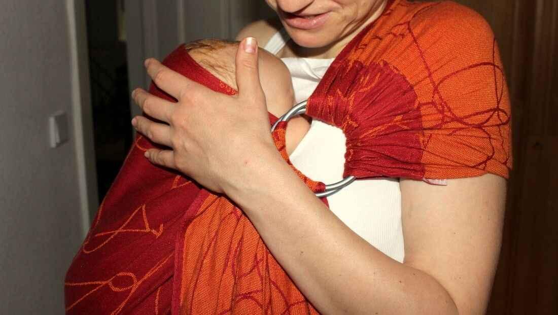 Ring-Sling Tragetuch im Tragehilfen Vergleich