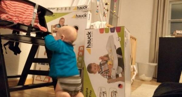 baby-uebt-laufen-1