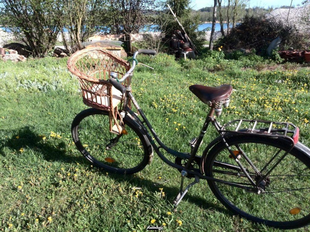 Ein Fahrrad, wo ich mitfahren kann.