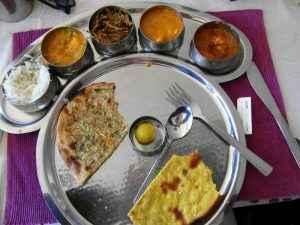 Essen Indien Berge und Meer