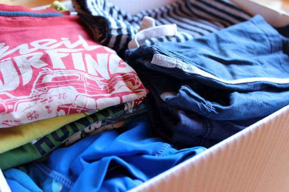 separation shoes 07e6e beb35 Gebrauchte Kinderkleidung: Wo kaufen und worauf achten?