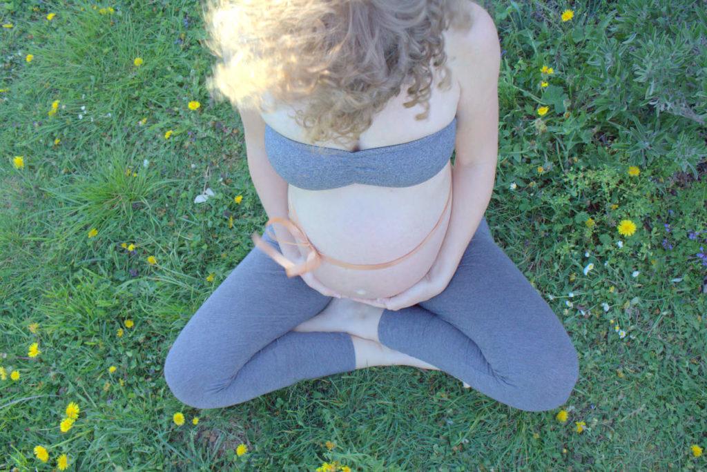 schwangerschaftsstreifen, dehnungsstreifen wie vorbeugen und was tun zum vermeiden